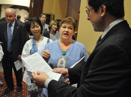 Laurie Riek and the nurses from Advocate Condell Medical Center had a chance to talk with Rep. Sam Yingling.