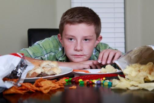 Asthma, eczema more likely in teens eating junk food