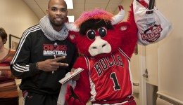 Bulls forward and mascot bring smiles to sick kids