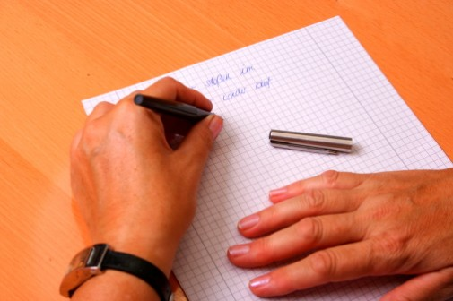 Lefties at higher risk for psychotic disorders