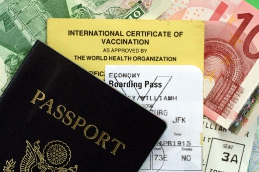 15 healthy tips for international travel