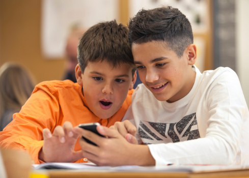 Why teens participate in 'sexting'