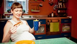 Is excessive weight gain during pregnancy dangerous?
