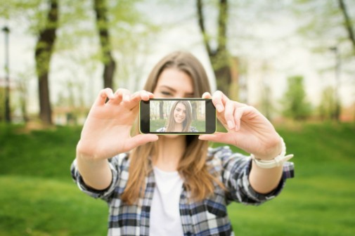 Are selfies leading to cosmetic surgery?