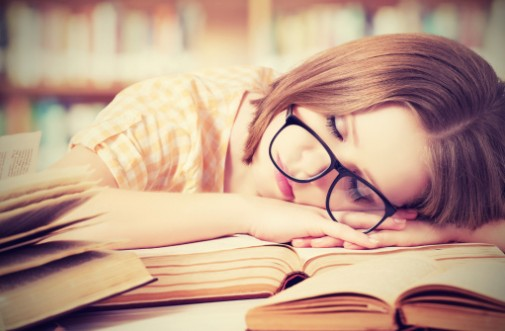 Teens who skip on sleep prone to weight gain