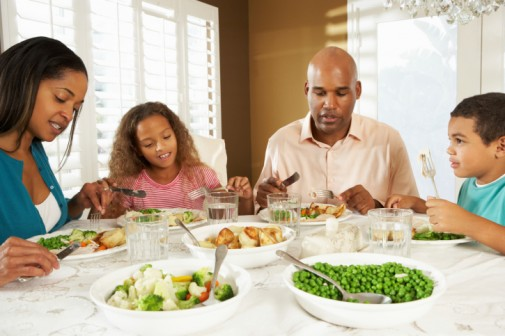 Family dinners may soften cyberbullying impact
