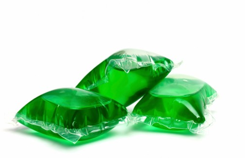 Hundreds of tots poisoned by laundry detergent pods