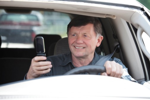Older adults are the worst at texting and driving