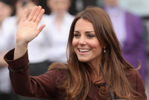 Should the pregnant Kate Middleton be wearing high heels?