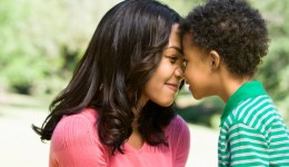 6 ways moms can build strong relationships with their kids