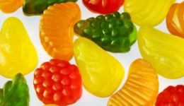 Are gummy bears healthier than fruit snacks?