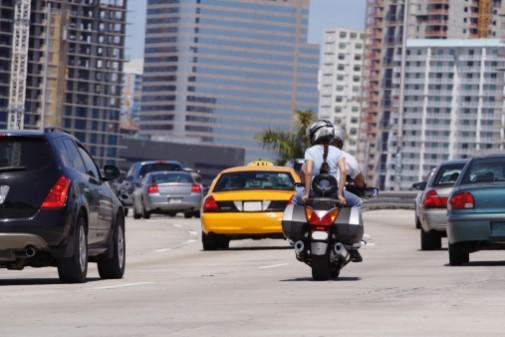 Is lane splitting safe for motorcycles?