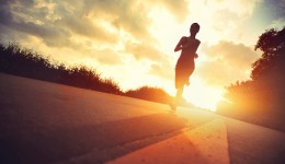 What do marathoners think about while running?