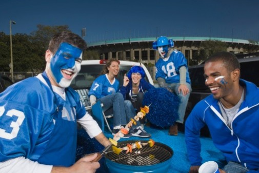Infographic: Healthy tailgating tips