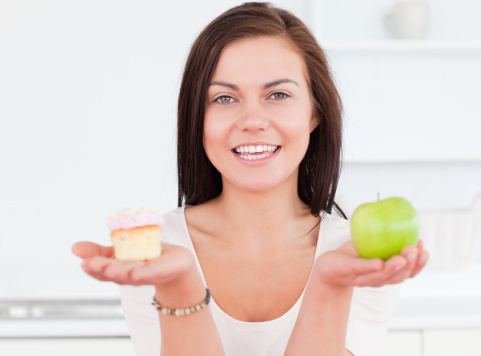 Diet options: Low-fat, low-carb or neither?