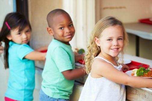 School cafeterias make major strides on student nutrition