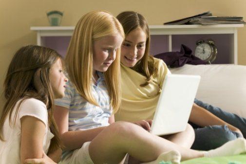 As social apps multiply, so do the battles against cyberbullies