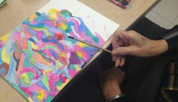 Can art therapy help those with early stage Alzheimer's disease?