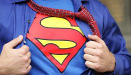 Why doesn't anyone recognize Clark Kent as Superman?