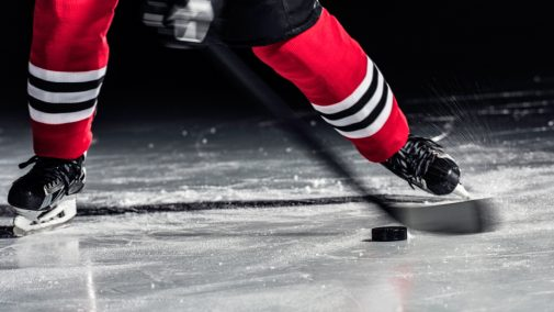 Former Blackhawks player diagnosed with debilitating disease
