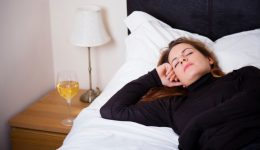 Think twice about drinking alcohol before bed