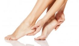 Are your feet cold? Swollen? 8 signs you shouldn't ignore