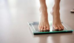 Do you know the risks of losing weight too quickly?