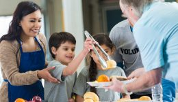 6 health benefits of giving back
