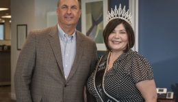 Miss Illinois Plus competition winner, hospital worker, is anything but average