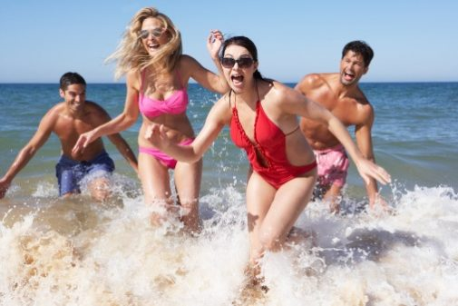Infographic: 7 summer water safety tips