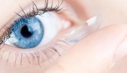 27 contact lenses found in woman's eye: Here's what you need to know