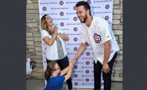 Cubs' Kris Bryant on receiving end of endearing marriage proposal