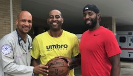 A massive heart attack unites basketball players for a common cause