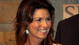 Which debilitating disease robbed Shania Twain of her voice?