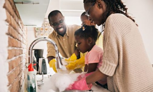 People with clean homes do these 3 things