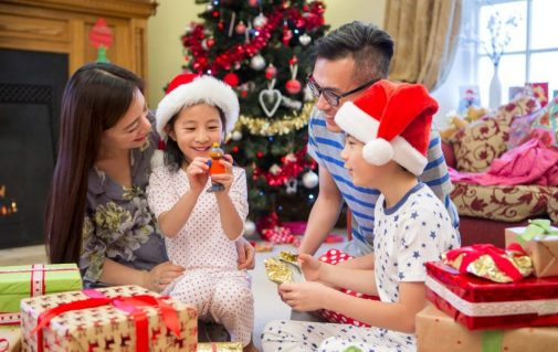 Simple tips to be present and truly enjoy the holidays