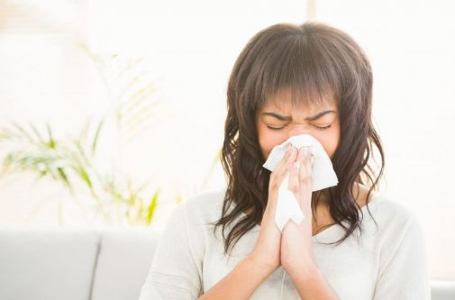 How to fight seasonal allergies naturally