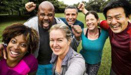 3 ways good friends can help us feel healthier