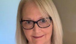 Health care heroes: Nurse turns twilight golf league into a lifelong passion