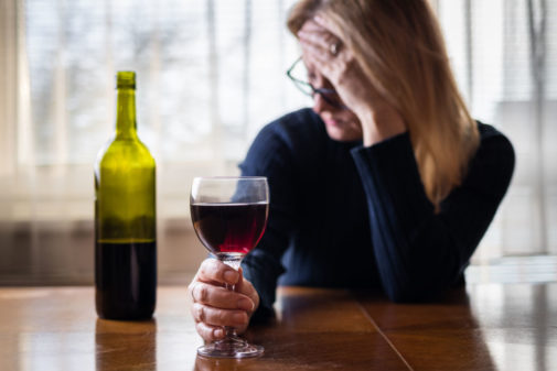 What causes wine headaches?